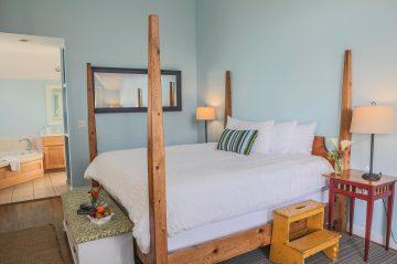 Captain room's bedroom