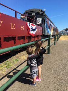 skunk train, kids watching